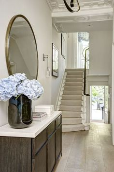 15 Extraordinary Entryway Decoration Idea To Make Your Home Interior Look More A. 15 Extraordinary Entryway Decoration Idea To Make Your Home Interior Look More Attractive 15 Foyer Staircase, Entry Stairs, Entry Foyer, Entryway Decor, Staircases, Fall Entryway, Staircase Design, Home Decor Bedroom, Stairs