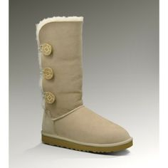my boots :) Uggs Outlet, Shoes Outlet, Women's Fashion, Fashion Lookbook, Fashion Boots, Fashion Trends, Fashion Outfits, Fashion Women, Runway Fashion