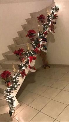 54 Christmas Home Decor Ideas 2019 — AutoCukz Journal Burlap Christmas, Diy Christmas Tree, Homemade Christmas, Christmas 2019, Christmas Centerpieces, Light Decorations, Christmas Decorations, Holiday Decor, Christmas Staircase