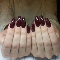 28 Cool Burgundy Nail Designs 2015 #naildesigns2015 #nailart #burgundynails