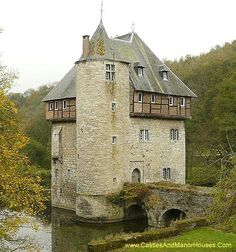 alpenstrasse: Carondelet Castle, near the village of Crupet, north of the city of Dinant Province of Namur, in the Wallonia region Belgium. Chateau Medieval, Medieval Castle, Castle House, Castle Ruins, Beautiful Castles, Beautiful Buildings, Photo Chateau, Castle Parts, Small Castles