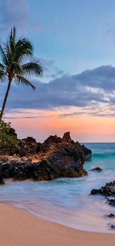 Makena Cove, Maui, Hawaii ~ Photo by Pedro Lastra Hawaii Maui, Hawaii Usa, Hawaii Life, Hawaii Beach, Oahu, Vacation Destinations, Dream Vacations, Vacation Spots, Holiday Destinations