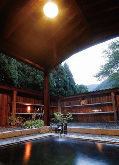 Sakihana hot spring, Niigata, Japan - hot springs are beautiful Japanese Hot Springs, Japanese Bath, Niigata, Outdoor Baths, Japanese Interior, Inspired Homes, Japan Travel, Countryside, Scenery
