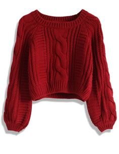 of the Coolest Cropped Sweaters to Rock This Fall Sweater weather! Here are the top cropped and cozy sweaters for fallSweater weather! Here are the top cropped and cozy sweaters for fall Red Jumper, Crop Top Sweater, Sweater And Shorts, Crop Shirt, Cropped Sweater Outfit, Sweater Weather Outfits, Big Sweater, Sweater Dresses, Sweater Jacket
