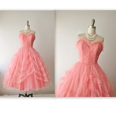 50s Prom Dress // Vintage 1950s Coral Tulle Strapless Wedding Party Prom Dress XS