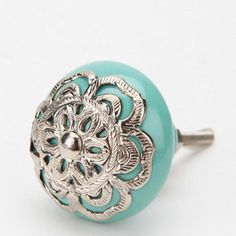 how perfect would these knobs look on a bathroom cabinet or on the wall as a towel hanger, bathrobe hanger or place to hang swimsuits