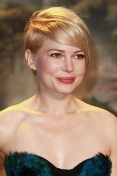 How To Weather Short-Hair Grow-Out: From Michelle Williams' Hairstylist, To You   Beauty Counter   Style.com
