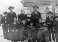 18 Photos of the Feud Between the Hatfields and McCoys
