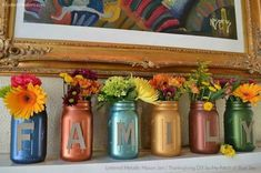 Thanksgiving DIY Lettered Metallic Mason Jars - All For Garden Mason Jar Terrarium, Mason Jar Vases, Mason Jar Centerpieces, Jar Candles, Scented Candles, Thanksgiving Diy, Chalk Paint Mason Jars, Painted Mason Jars, Mardi Gras