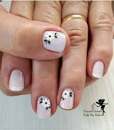 Like this nail fashion idea beauty kleuren kleuren Spring Nail Art, Spring Nails, Jolie Nail Art, Toe Nail Designs, Stylish Nails, Flower Nails, French Nails, Beauty Nails, Diy Beauty