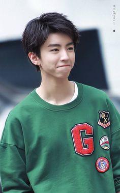 The cutest of the cutest ❤😍 Cute Korean Boys, Asian Boys, Asian Men, Kawaii Anime, Anime Chibi, Jackson Yi, Mingyu Seventeen, My Big Love, Tennis