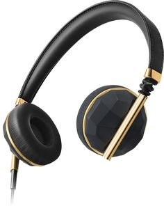 Caeden Linea N°1 On Ear Headphone in faceted carbon and gold.