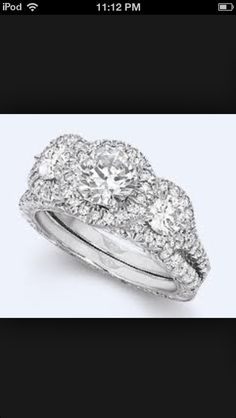 Beautiful wedding ring!!