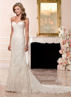 Stella York Sara #weddingdress #weddinggown @bridesofberko - Brides of Berkhamsted