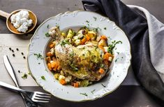 Fylte kyllinglår med ovnsbakte grønnsaker