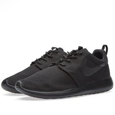 finest selection c4199 b082c This new edition of Nike s Rosherun features mesh uppers for excellent  breathability. The Swoosh adds