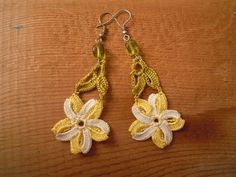 crochet flower earrings yellow white green by PashaBodrum on Etsy