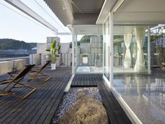 Glass House - Picture gallery
