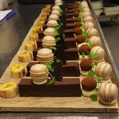 Some desserts for the buffet @laholmenhotell #pastry #pastrychef #patisserie #dessert #dessertmasters