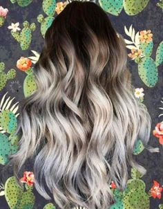 Our top picks for balayage high lights to copy. Perfect styles for blonde highlights, dark brown or brunette hair styles, and natural curls and waves. Ombre Blond, Brown Ombre Hair, Light Brown Hair, Brown Hair Colors, Dark Hair, Dark Roots Light Ends, Blonde With Dark Roots, Bronde Hair, Balayage Hair