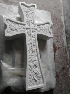 #Florealcross #sivec #crocefloreale #handmade #madeinitaly #Moscowproject #Russia #artcemetery #artecimiteriale #marble
