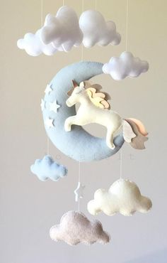 Movable baby moon mobile Unicorn mobile moon by lovefeltmobiles . Baby Crafts, Felt Crafts, Diy And Crafts, Baby Room Decor, Nursery Decor, Nursery Crib, Unicorn Mobile, Sewing Projects, Projects To Try