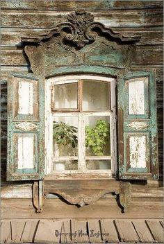 Old Shabby windows Wooden Windows, Old Windows, Windows And Doors, Antique Windows, Vintage Windows, French Windows, Window Boxes, Window Shutters, Window Frames