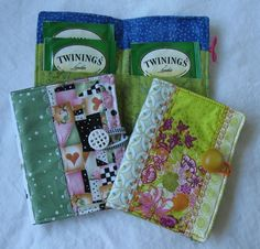 Folding Tea Sleeves/Wallets - Free PDF Pattern by KindredQuilters + How to Quilt and Sew a Mug Rug by My Simple Walk #sewing #quilting