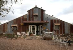 """The Prairie Hotel, Round Top, Texas owned by Rachel Ashwell was named MSL's """"best hotel as antiquing home base. Casas Shabby Chic, Estilo Shabby Chic, Shabby Chic Furniture, Shabby Chic Decor, Rachel Ashwell, Round Top Texas, Shabby Chic Couture, Bed And Breakfast, Best Hotels"""