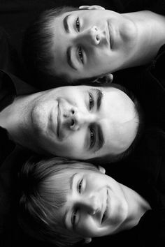 Photography poses for boys sons dads 17 ideas for 2019 Older Family Photography, Father Daughter Photography, Portrait Photography Men, Children Photography, Fun Family Photos, Twin Photos, Family Photo Sessions, Family Portraits, Mother Son Pictures