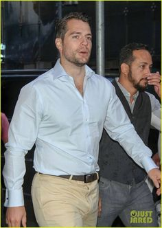 NY - Henry Cavill no Good Morning América dia 10-08-15 #AlwaysHenryCavillBrasil