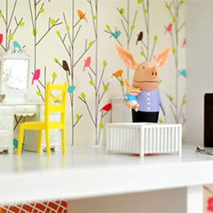 A homemade doll house! (via younghouselove) this is one of those moments I wish I had a daughter :-)