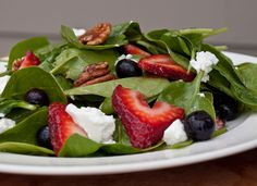 Baby Spinach and Fresh Berry Salad