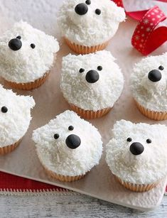 Made with sweet fondant icing and delicious desiccated coconut, these cute polar bear cupcakes make the perfect Christmas treats to share with friends and family - and they take just half an hour to make! Xmas Food, Christmas Desserts, Christmas Treats, Christmas Baking, Christmas Christmas, Bear Cupcakes, Cupcake Cakes, Icing Cupcakes, Mocha Cupcakes