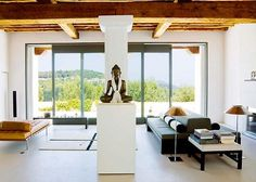 A luxurious home in Ibiza, Spain offers peace and balance in its living spaces, whose design reflects the personality of its owner, designer Peter Schmidt. Schmidt, Ibiza, Cubes, Exterior Design, Interior And Exterior, Zen Design, Turbulence Deco, Places To Rent, Beautiful Places To Live