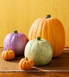 Sprinkle a little glitter on your pumpkins this year for a sparkly shine! countrywomanmagazine.com