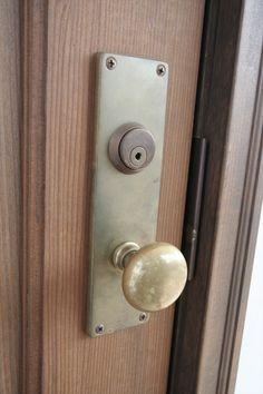 真鍮/アンティーク/ドアノブ/扉/インテリア/注文住宅/施工例/ジャストの家/ handle/knob/doorknob/design/interior/house/homedecor