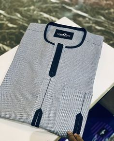 African Wear Styles For Men, African Shirts For Men, African Dresses Men, African Attire For Men, African Clothing For Men, Gents Kurta Design, Boys Kurta Design, Nigerian Men Fashion, African Men Fashion