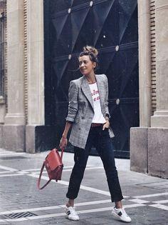 Easiest ways to make outfit style an elegant blazer 5 Blazer Outfits Casual, Blazer Fashion, Fashion Outfits, Grey Blazer Outfit, Fashion Ideas, Fashion Fashion, Fashion Black, Womens Fashion, Latest Fashion