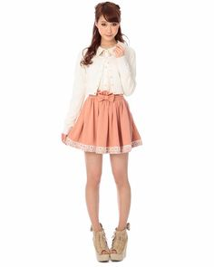 Love this cute romantic style! The skirt is from Liz Lisa, a japanese clothing brand