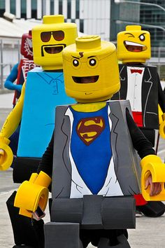 Lego men!! Dear god, I wanna make these for the boys next year. Could you imagine @Sarah Chintomby Chintomby Bechler