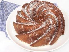 Gugelhupf gehört zu den Lieblingskuchend er Österreicher.  Gugelhupf-Rezepte findet ihr auf www.ichkoche.at
