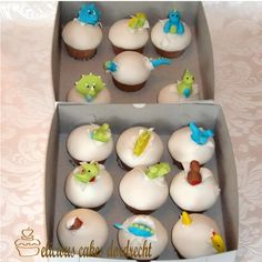These baby dinosaur egg cupcakes are too cute! Egg Cupcakes, Dinosaur Cupcakes, Dino Cake, Baby Shower Cupcakes, Baby Shower Themes, Baby Boy Shower, Cupcake Cakes, Baby Showers, Dino Eggs
