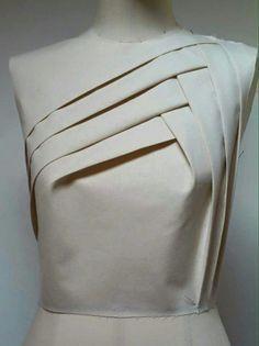 Innovative Pattern Cutting - pleated bodice detail; draping; fabric manipulation; creative sewing // Silvia Bissoli