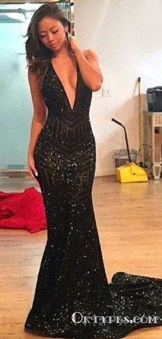 Mermaid Deep V-Neck Long Black Sequined Backless Prom Dresses 05c495fd9