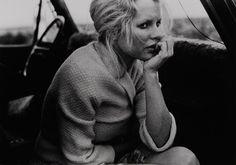 """Bernard Plossu    """"Kim Basinger, Santa Fe, Nouveau Mexique, 1984""""    Tirage argentique  24cm x 30cm"""