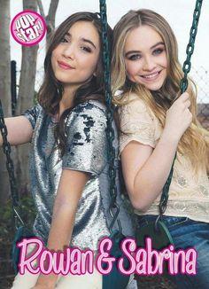 Sabrina and Rowan Riley Matthews, Rowan Blanchard, Disney Channel Stars, Disney Stars, Maya And Riley, Girl Meets World Cast, Sabrina Carpenter Style, Disney Girls, Pretty Woman