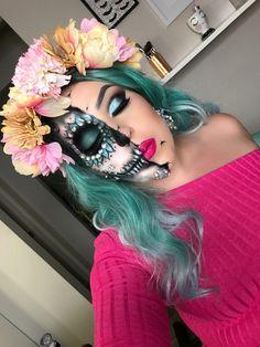 Half sugar skull soon on my YouTube channel♥️ I DIY the flower headband for under 5$ I'll be showing you how on my video soon  #halloween2017 #halloweenmakeup  #makeup #sugarskull #new #halloween  #fall