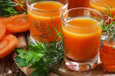 Zanahoria y manzana. Jugo para eliminar retención de líquidos Healthy Detox, Get Healthy, Juice Fast, Juicing Benefits, Paleo Plan, Juice Cleanse, Carrots, Lose Weight, Cooking