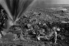 Un desierto en llamas: 10 imágenes de la crisis de los pozos petrolíferos de Kuwait Impactantes fotografías en blanco y negro de cuando el desierto fue un infierno